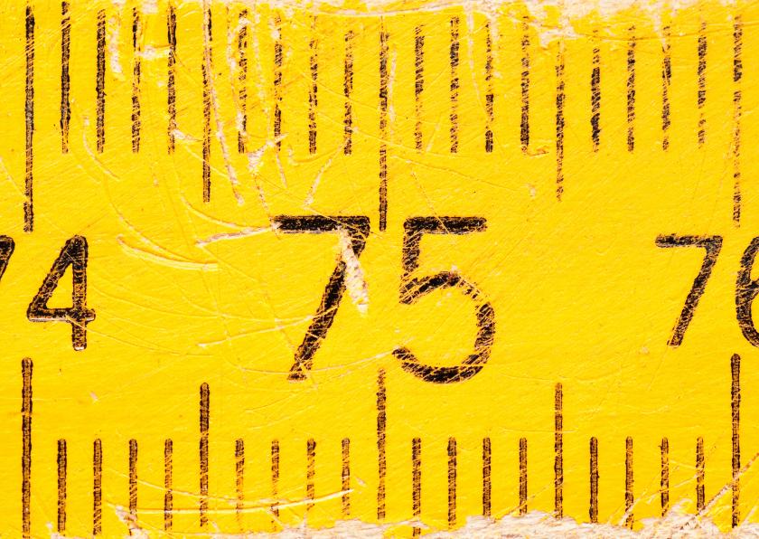 Verjaardagskaarten - 75 op oude gele duimstok