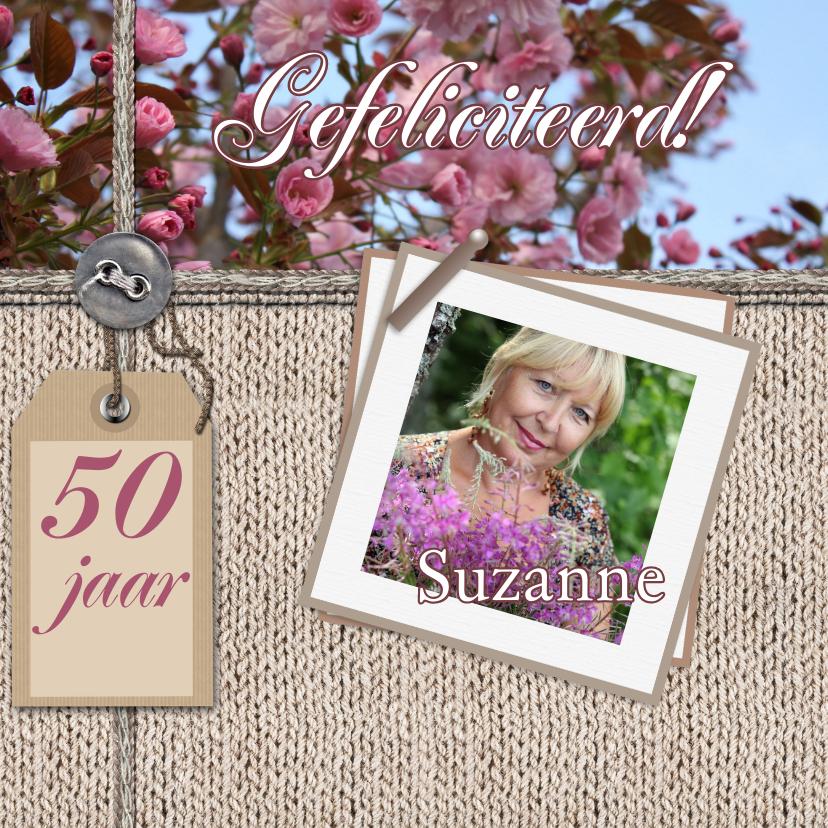 Verjaardagskaarten - Jarig bloemen en naamkaartje c