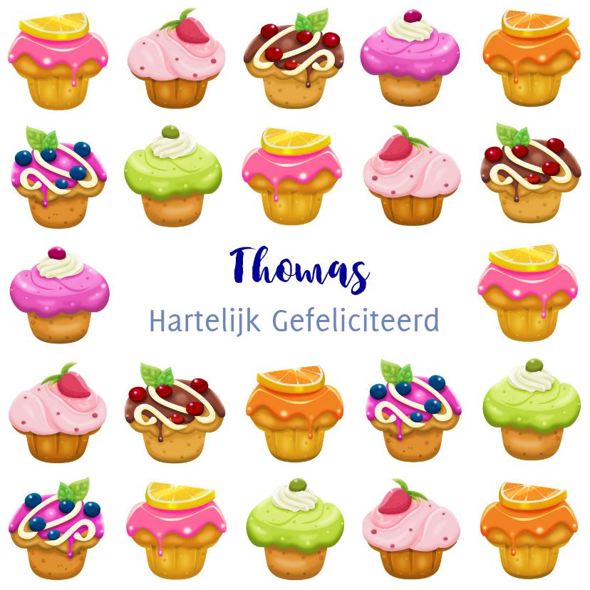 Verjaardagskaarten - Kleurige verjaardagskaart met lekkere gebakjes voor tiener