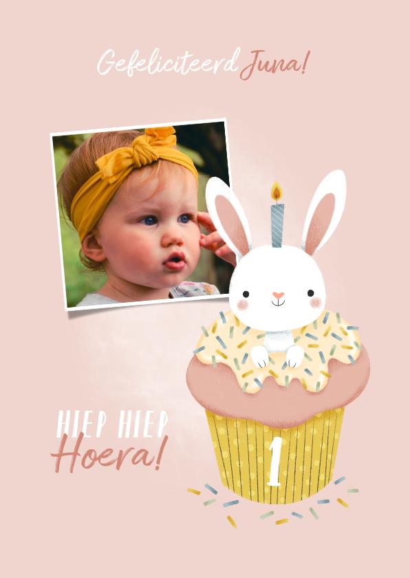 Verjaardagskaarten - Lieve verjaardagskaart konijntje in cupcake met foto