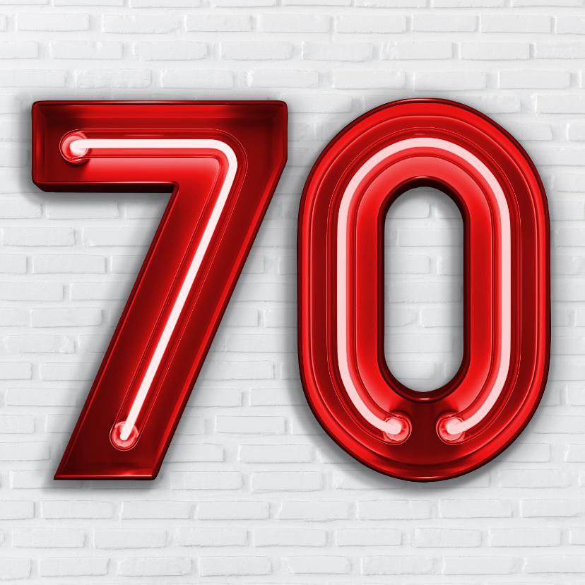 Verjaardagskaarten - Stoere industriële felicitatie 70 jaar met rode neon cijfers