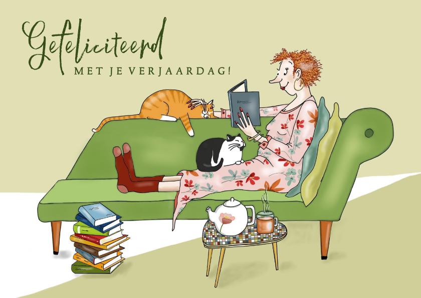 Verjaardagskaarten - Verjaardag - lezende vrouw met katten