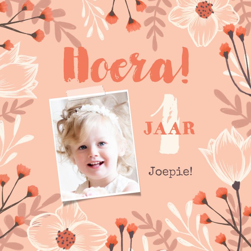 Verjaardagskaarten - Verjaardagskaart felicitatie meisje bloemen oranje