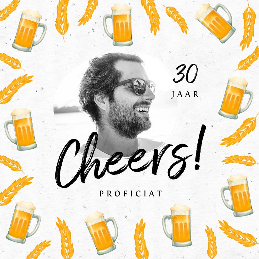 Verjaardagskaarten - Verjaardagskaart man bier hip foto cheers