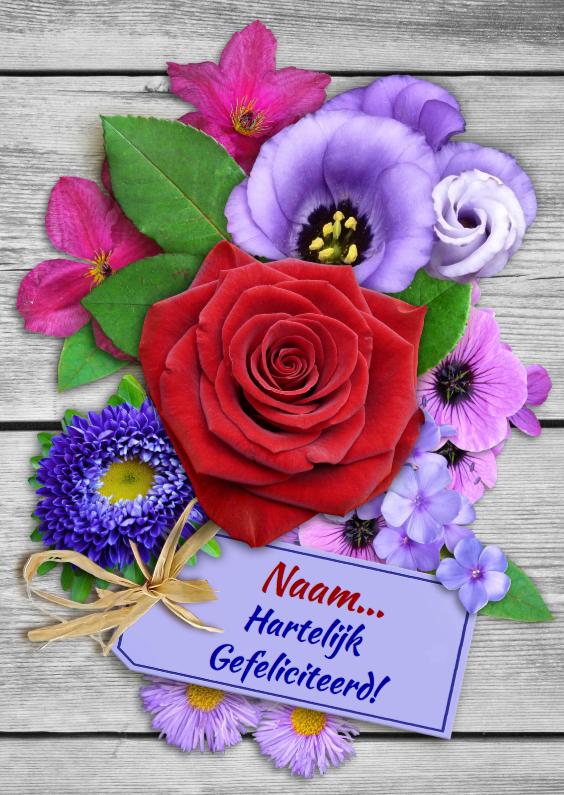 Verjaardagskaarten - Verjaardagskaart met roos en diverse bloemen op houtprint
