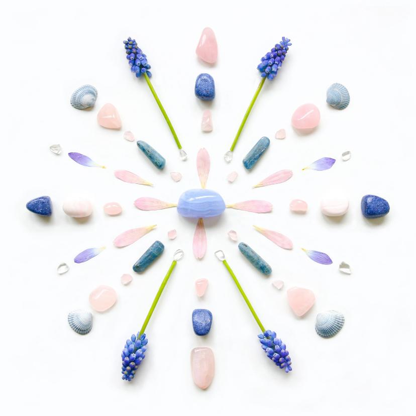 Vriendschap kaarten - Vriendschapskaart mandala met chalcedoon en blauwe druifjes