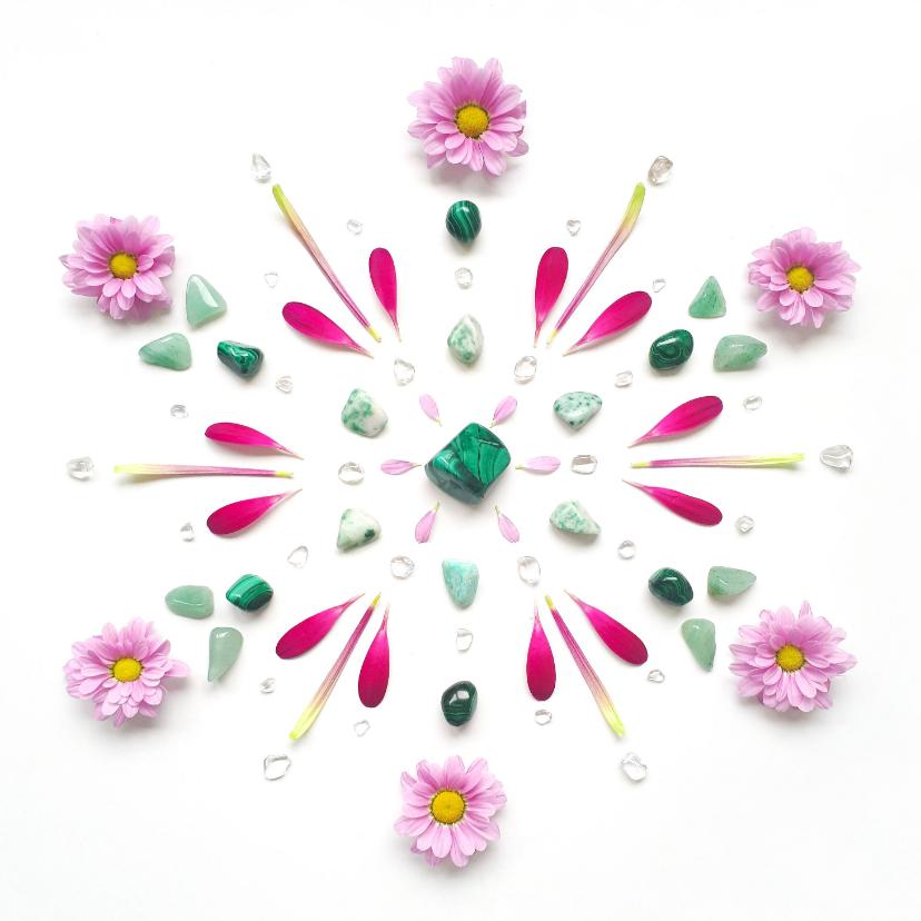 Vriendschap kaarten - Vriendschapskaart mandala met malachiet en roze bloemen