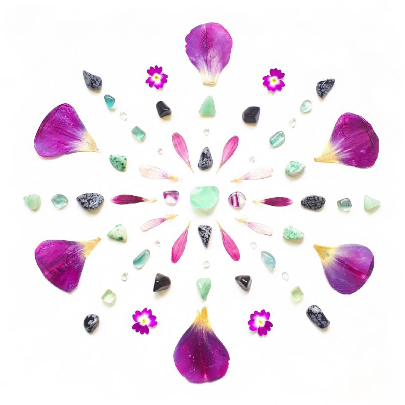 Woonkaarten - Woonkaart kleurrijke mandala met fluoriet en tulpenblaadjes