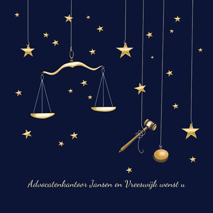 Zakelijke kerstkaarten - Zakelijke kerst - weegschaal en hamer advocatuur