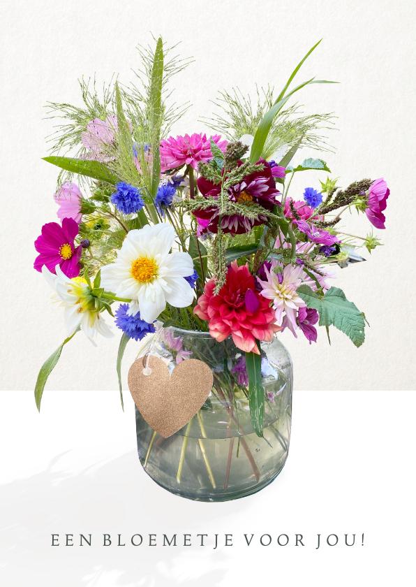 Zomaar kaarten - Vrolijke zomaar kaart met een fleurig boeket bloemen in vaas